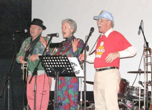 Paonia Rotarians entertain at polio fund-raiser